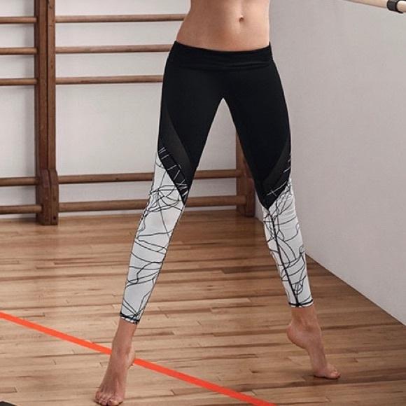 ec532a937f302e Fabletics Pants | Nwt Brogan Mesh Leggings M | Poshmark